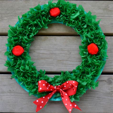 paper plate wreath crafts easy craft for paper plate wreath play