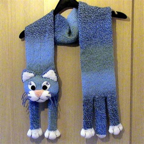 knitted cat scarf pattern cat neck warmer idea fill with rice like the paws on
