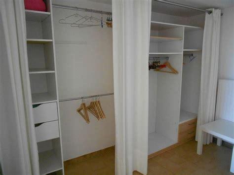 rideau placard rideau meuble cuisine design intrieur et dcoration rideaux pour placard de