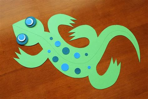 how to make a lizard out of 3d paper lizard craft c skip to my lou