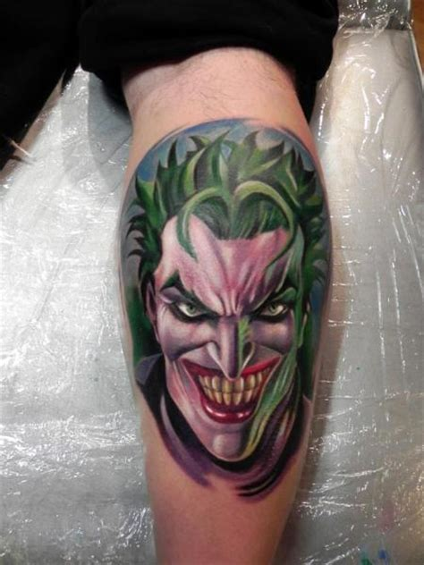 tatuaż fantasy łydka joker przez rock ink