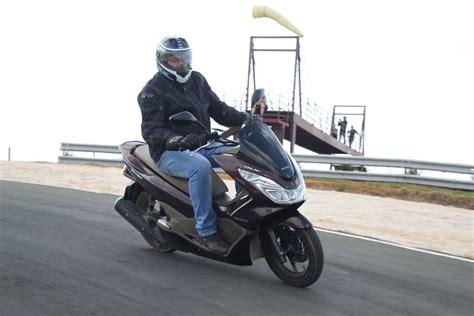 Pcx 150 Dlx 2018 by Teste Honda Pcx 150 Dlx Motomovimento