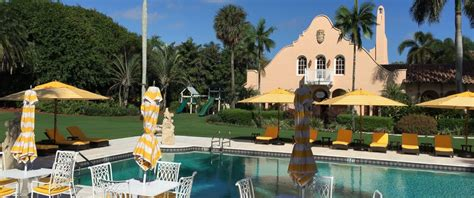 where does donald live in florida inside donald s mar a lago estate where he s done