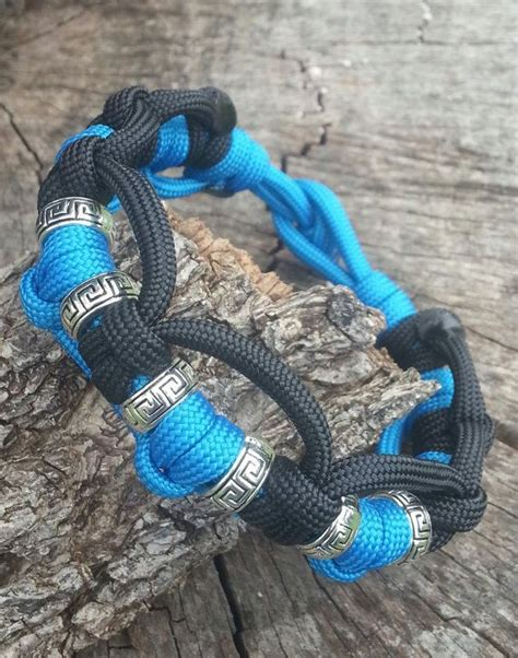 paracord craft projects top 25 ideas about paracord crafts on