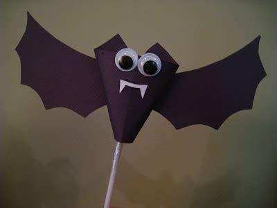 bat craft for 4 craft paper bats