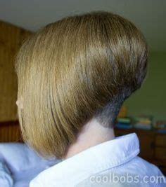 bobbed haircut with shingled npae bobbed hair on pinterest bobs bowl cut and stacked bobs