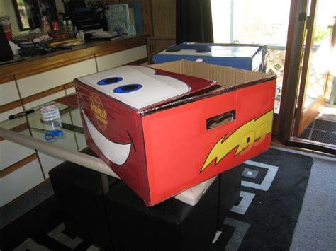 spray painting cardboard boxes side lightning mcqueen cardboard box spray paint draw