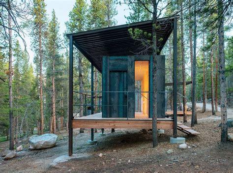 small modern cabin top 25 best prefab cabins ideas on prefab