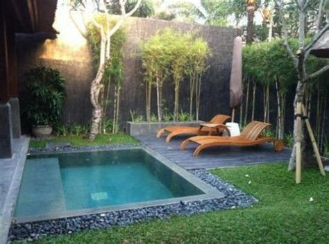 small pool for small backyard best 25 small backyard pools ideas on