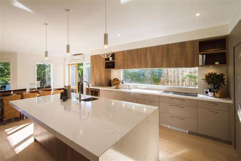 contemporary australian kitchen design 171 statuario quartz gt quantum quartz gt quantum quartz