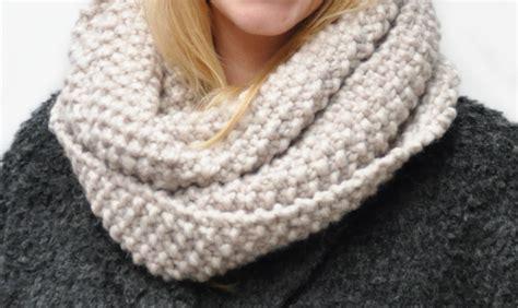 free snood knitting pattern knitting a snood and headband free pattern yarnplaza