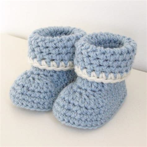 baby booties pattern cozy cuffs crochet baby booties pattern by amandamoriconi
