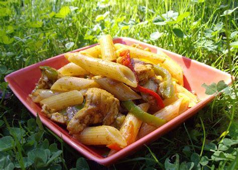 salade de p 226 tes poulet poivrons avocat curry recette