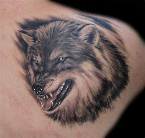 wolf tattoo by daksi on deviantart