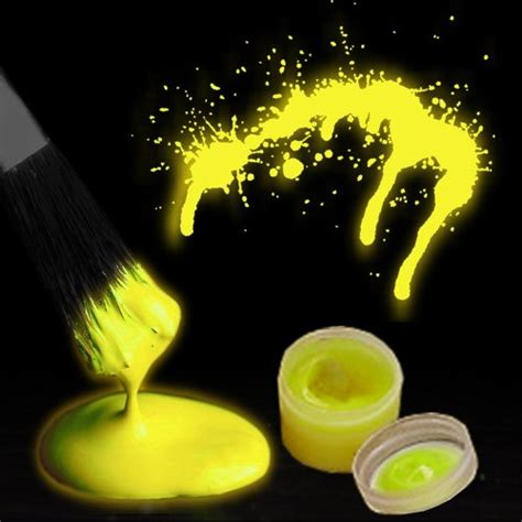 glow in the paint does it work glow in the paint by the color in the uae see