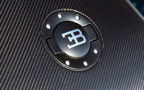 Bugati Symbol by Bugatti Symbol Wallpaper Www Imgkid The Image Kid