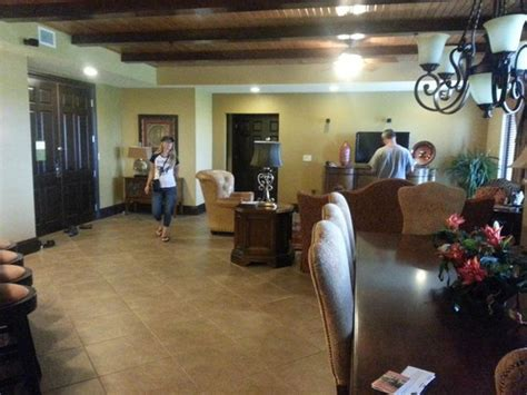 Wyndham Bonnet Creek 3 Bedroom Deluxe by 3 Bedroom Presidential Living Dining Area Picture Of