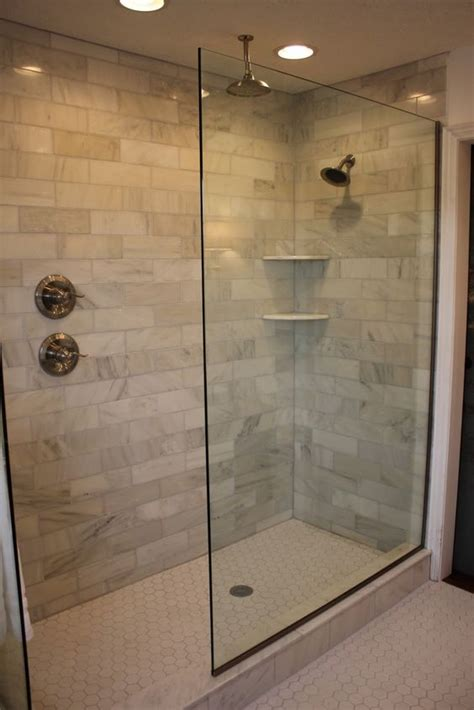 showers in bathrooms 25 best ideas about walk in shower designs on