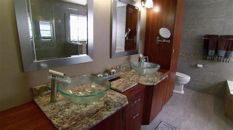 Bathroom Sink Makeover by A Great Small Bathroom Makeover Safe Home Inspiration