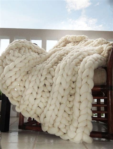 how to knit chunky blanket etsy item of the day chunky knit blanket