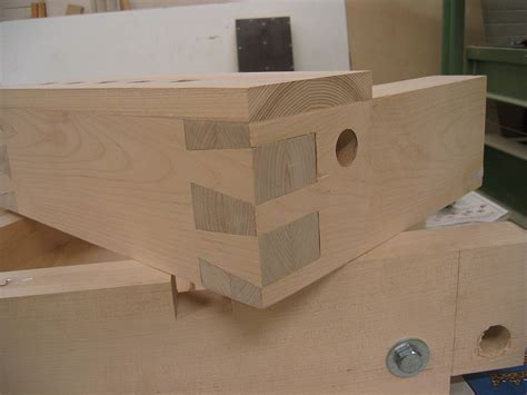 dovetail woodworking dovetail joint