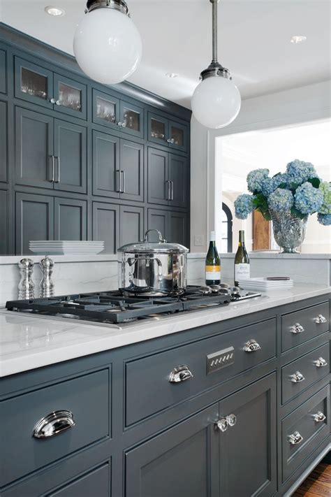 paint colors with white cabinets what color should i paint my kitchen with white cabinets