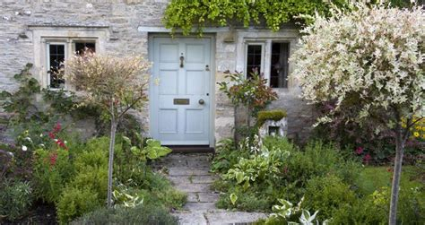 small front garden ideas uk 1000 images about redesigning front garden on