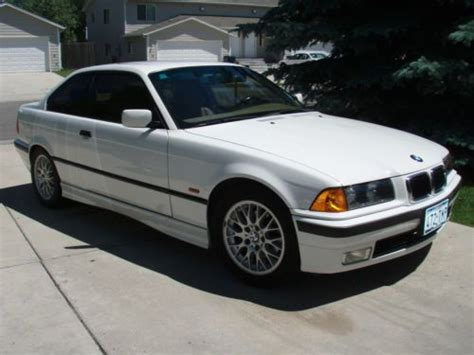 1998 Bmw 323is by Sell Used 1998 Bmw 323is Base Coupe 2 Door 2 5l In
