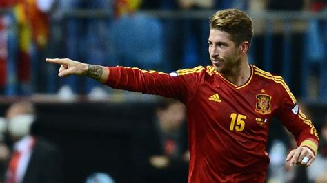 sergio ramos real madrid hd wallpaper of football