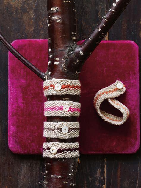 last minute knitted gifts last minute knitted gifts abrams craft