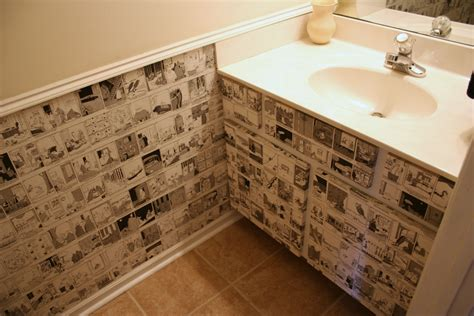 decoupage wall ideas recycle daily calendars to wallpaper a small space chica