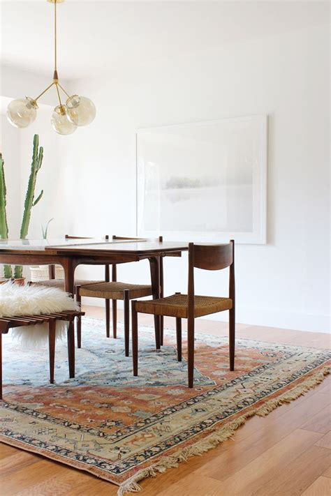 rug dining room best 25 dining room rugs ideas on area rug