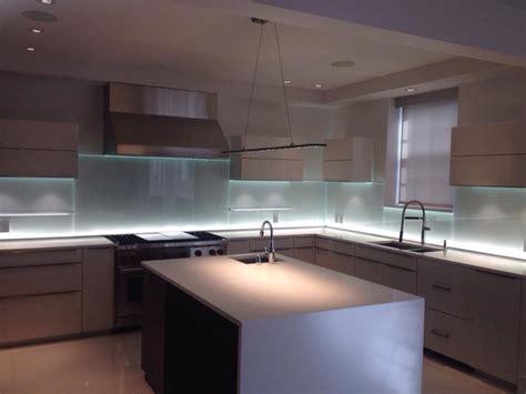 kitchen backsplash lighting glass kitchen backsplash w led lighting modern kitchen