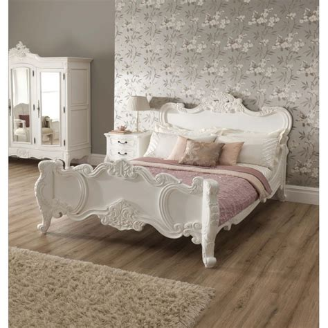 Vintage French Provincial Bedroom Set vintage your room with 9 shabby chic bedroom furniture