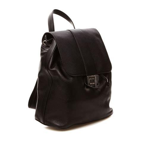 mochila de cuero negro karl lagerfeld mochila de cuero negro brandalley
