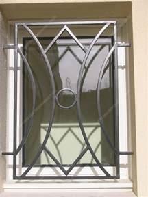 grilles en fer forg 233 de d 233 fense modernes mod 232 le gdm05 m 233 daillon g 233 om 233 trique