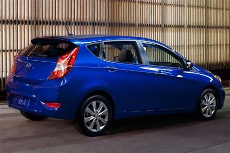 2013 Hyundai Accent Se Hatchback by Hyundai Accent Hatchback 2013 Se Ofrece Con Un Motor De