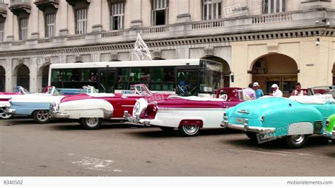 Car Wallpaper Hd Codec Machines by Taxis Cabs 1950s Cars For Tourists In Cuba