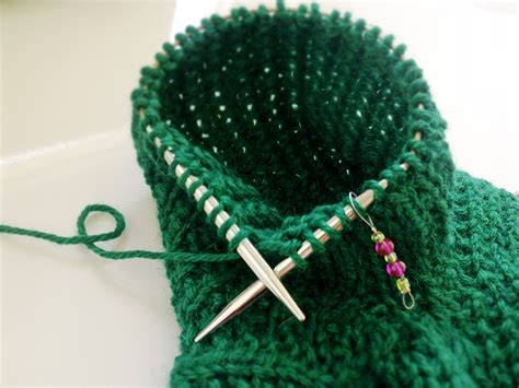 knitting sleeves on circular needles assel knits