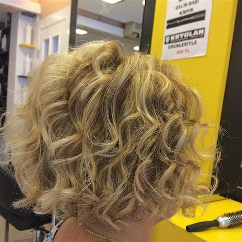 stacked bob haircut pictures curly hair 22 stacked bob hairstyles for your trendy casual looks