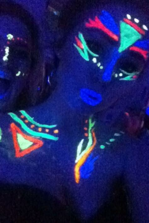 glow in the paint designs 25 best ideas about glow paint on diy