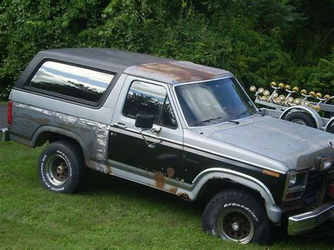 how to work on cars 1984 ford bronco ii seat position control purchase used 7 foot western working snow plow w 1984 full size black bronco truck manual 84 in