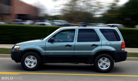 Ford Escape 2005 by 2005 Ford Escape Information And Photos Zombiedrive