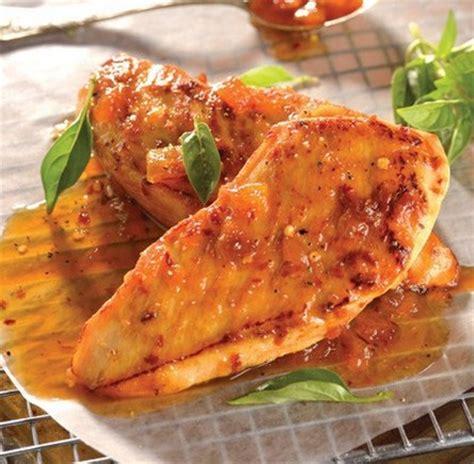 cocinar pechugas de pollo en salsa pechugas con salsa de duraznos y naranja recetas de pollo
