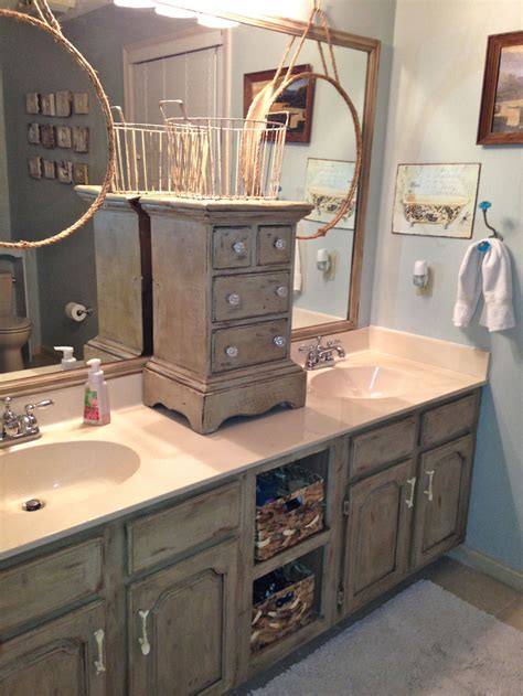 Makeover Bathroom Vanity by Bathroom Vanity Makeover With Sloan Chalk Paint