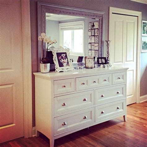 mirrors for bedroom dressers 1000 ideas about dresser mirror on bling bedroom