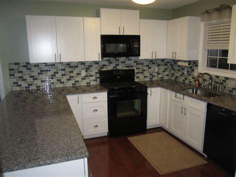 kitchen cabinets shaker style white white shaker kitchen cabinets combination for shaker