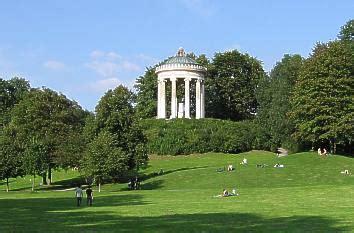 Englischer Garten München Sehenswürdigkeiten by Quermania Bayern M 252 Nchen Englischer Garten