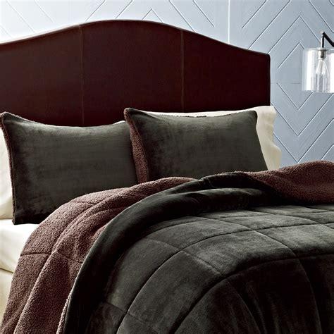 masculine bedding sets manly bedding sets masculine comforter sets pictures to