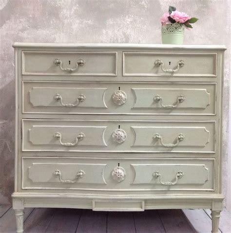 chalk paint sobre muebles lacados c 243 moda pintada con autentico chalk paint en m 237 stico y